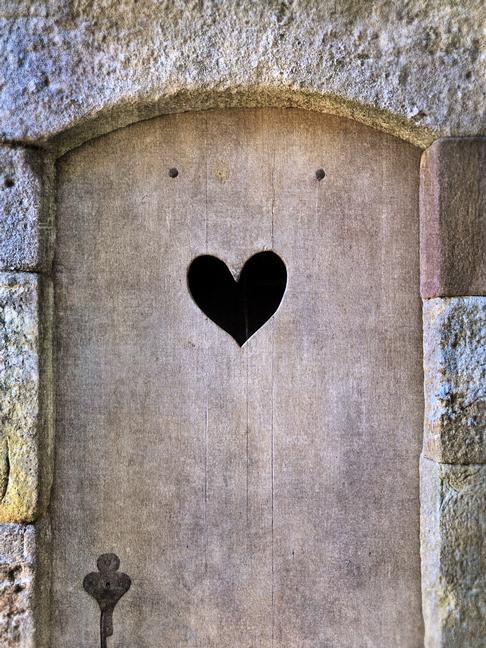 Fontfroide Heart Door